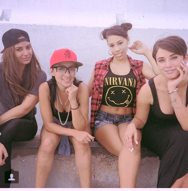Fefi, Meli, Cash, Julz